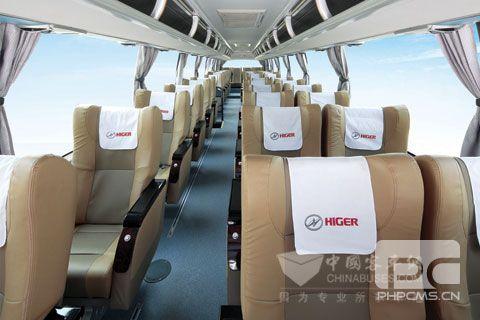 内饰座椅比飞机乘坐舱更舒适