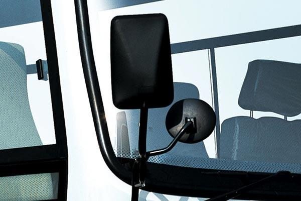 http://www.buses.cn/uploadfile/2012/0725/20120725091613780.jpg