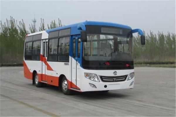 齐鲁BWC6825GHN公交车