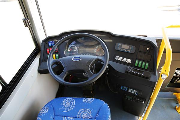 南京金龙NJL6600EVY客车(纯电动11-19座)