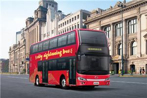 金龙双层公交车