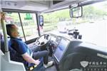 上海:申龙深蓝AI熊猫无人驾驶公交车进行开放道路测试