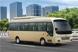 金龙XMQ6806公交车