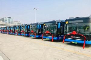 88台!首批全新比亚迪纯电动客车B10投运深圳