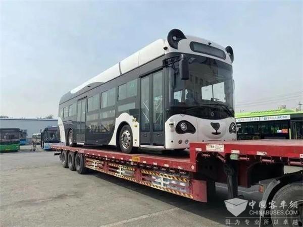 熊猫智能公交车现身辽宁,无人驾驶时代已来