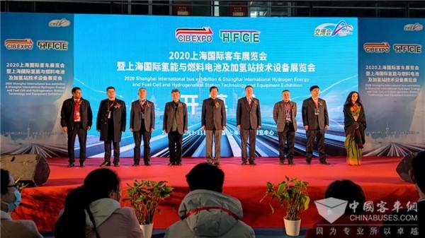 绿色价值典范 申龙轮边驱动地铁巴士领航上海国际客车展